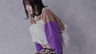 スウェットを着た加藤乃愛