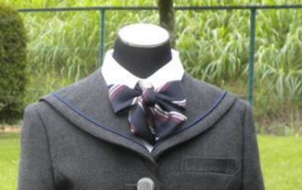 越谷東高校の制服